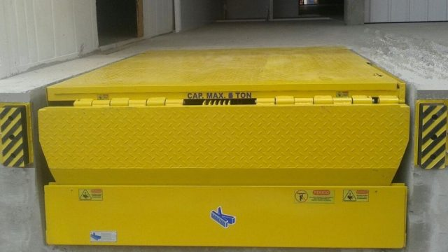 O que é uma niveladora ou plataforma de doca?